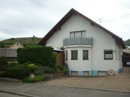 Einfamilienwohnhaus mit Einliegerwohnung und Ausbaureserve
