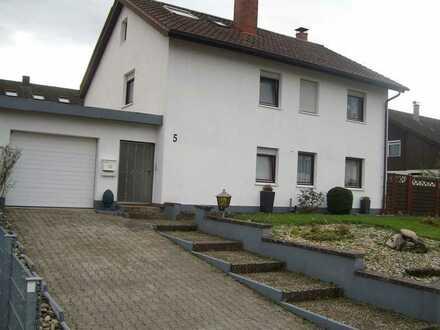 2-Familien-Haus in Gundelsheim, Schillerstr. 5