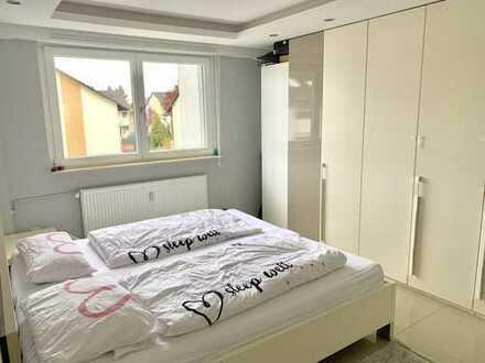 Hochwertige 3- Zimmer Wohnung in Sandhausen * Klima, Balkon, TL- Bad *