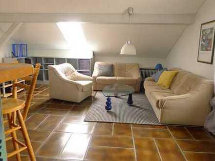 Atraktive 2,5 Zimmer-Wohnung, möbliert, 67 m², Neumarkt, ab sofort -PENDLER-