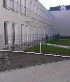 Reihenhaus in ruhiger zentraler Lage / Terrasse / Grün vor der Tür / Sofortbezug