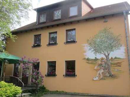 schöne 4 Raum Wohnung in ruhiger Lage von Dresden