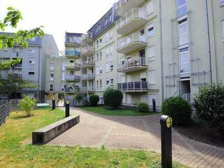 Gepflegte 1-Zimmer-Wohnung mit Balkon und EBK in Ludwigshafen am Rhein