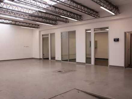 Einmalig in Nippes! Gewerbeimmobilie mit Tageslichthalle und Büros