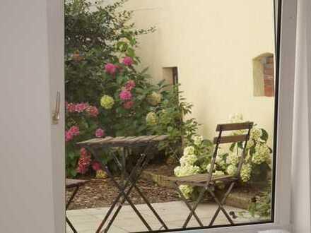 Vier Romantische citynah gelegene Eigentumswohnungen im kernsanierten Bremer Haus nahe Leibnitzplatz