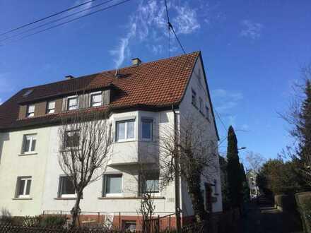 Sanierte 3-Raum-Wohnung in Stuttgart-Untertürkheim