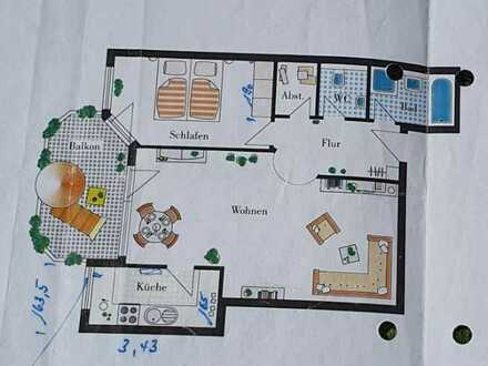 Nette 2,5-Zimmer-Wohnung mit Balkon und Einbauküche in Besigheim