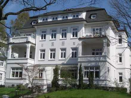 exklusive Wohnung mit Galerie in Jugendstilvilla nahe Waitzstraße