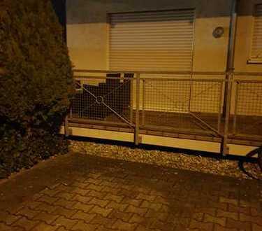 geräumige und gepflegte 1,5 -Zimmer-Wohnung mit Balkon und EBK in Hockenheim