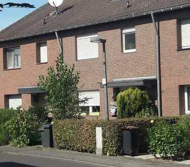 Familienfreundliches Haus in Köln, Esch/Auweiler