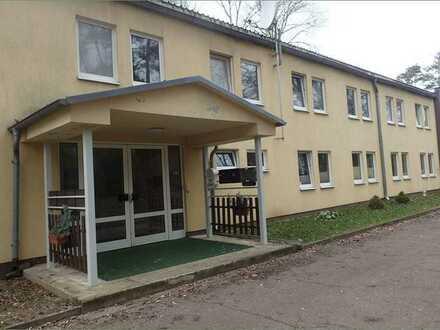 Vierlinden OT Diedersdorf: vermietetes Mehrfamilienhaus mit 2 Eingängen