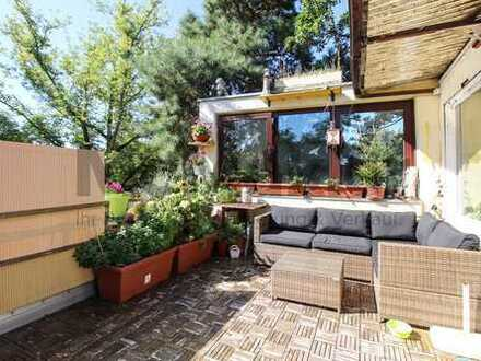 Dachgeschoss-Maisonettewohnung mit Sonnenterrasse, mitten im Grünen!
