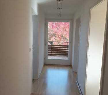 2 Zimmer DG-Wohnung in Büchenbronn