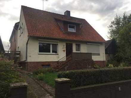 Verhandlungsbasis Zweifamilienhaus in Wettendorf gut vermietet