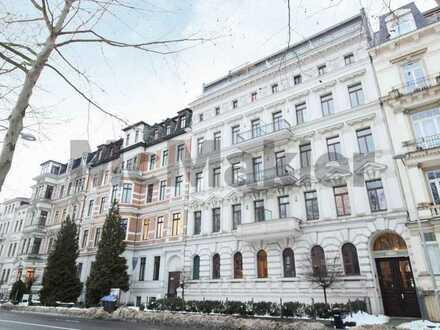 Profit mitten in Leipzig: Gehobene 3-Zi.-Maisonette über 3 Etagen mit 2 Terrassen und Balkon