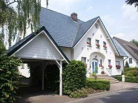 tierfreundliches Wohnen im eleganten Landhausstil mit Garten
