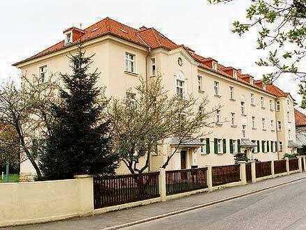 Gemütliche 1 Zi.-Wohnung in ruhiger, grüner Lage mit großer Wohnküche und Balkon