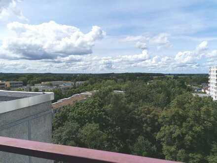 Großzügige 4-Zimmer-Wohnung mit Balkon. Frei ab 01.11.2020