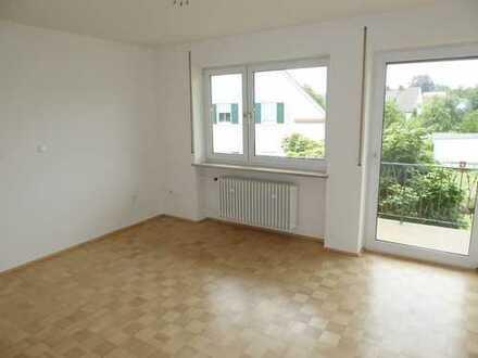 Helle 4 ZKB Wohnung - Balkon, Parkett