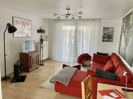 Schicke 2-Zimmer DG-Wohnung mit Südbalkon in gepflegtem Anwesen