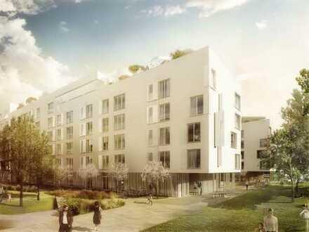 Heller Wohn-/Essbereich mit Fensterbad & großem Balkon