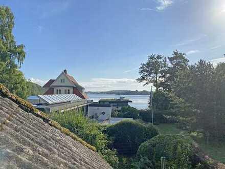 Charmantes Einfamilienhaus direkt am Großen Segeberger See