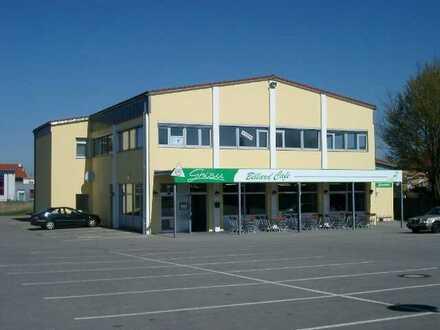165 m² Büro- /Praxisräume mit ausreichend Parkplätzen, 1. OG, kein Aufzug, ab 1.6.2021