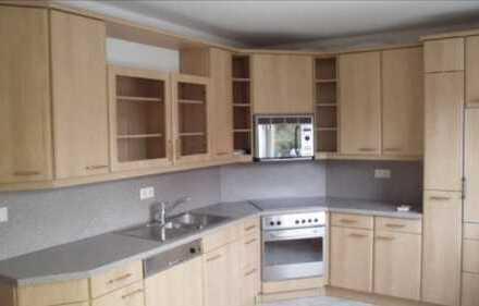 Schöne 3-Zimmer-Wohnung mit 90 m2 inklusive Küche