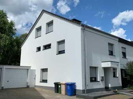 Neu modernisiertes Top Haus mit Garten in ruhiger Lage in Bonn, Röttgen