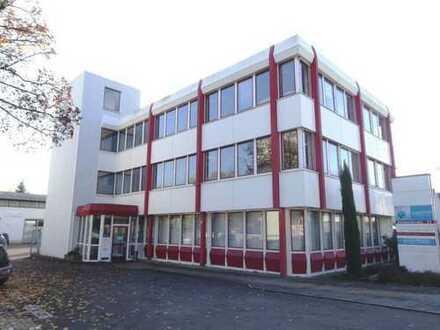 Gärtringen: Flexible Büroräume (mit Erweiterungsoption) in verkehrsgünstiger Lage!