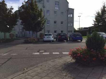Gepflegte 3-Zimmer-Wohnung mit Balkon und EBK in Stutensee
