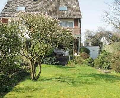 Voigt Immobilien: Große Doppelhaushälfte in sehr ruhiger Lage von Bremen Oberneuland
