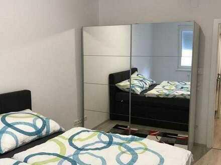 Schöne, geräumige zwei Zimmer Wohnung!