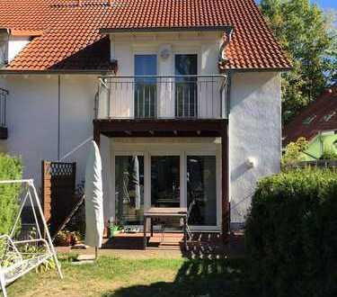 Stadtrandbereich Gotha - Moderne energieeffiziente Doppelhaushälfte mit gehobener Ausstattung