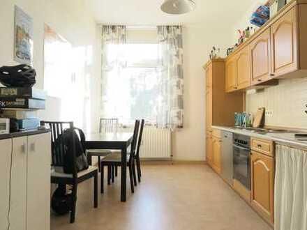 Gemütliche 2,5 Zi.-Wohnung im gepflegten Altbau!