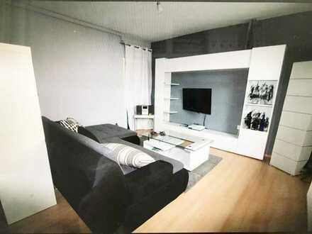 Wunderschöne 3,5 Zimmer Wohnung in Optimaler Lage komplett frisch Saniert