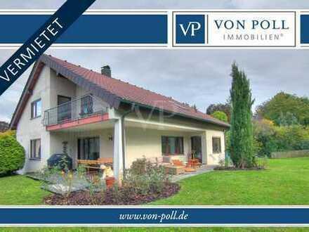 Einfamilienhaus mit ELW in schöner Randlage mit großem Garten in Heilbronn-Ost.
