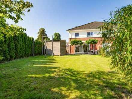 Moderne Doppelhaushälfte in beliebter Wohnlage am Scharpenacken
