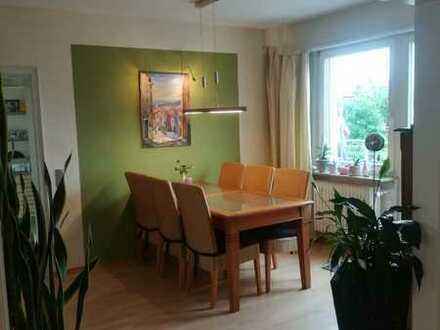Gepflegte 5-Raum-Maisonette-Wohnung mit Balkon in Oftersheim