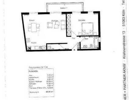 Gut ausgestattete, neuwertige 2-Zimmer-Wohnung mit Balkon und EBK in Köln-Deutz nahe Rheinufer