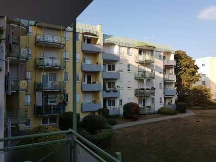Schnäppchen - 4 Zimmer Wohnung zum Ausbau ( Erbpacht )