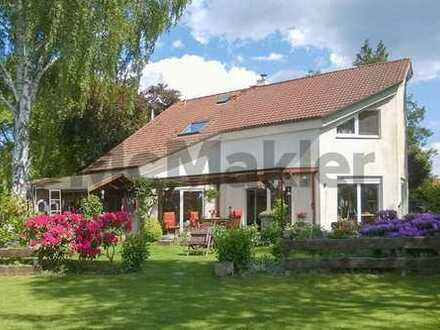 Traumdomizil am Krossinsee mit Terrasse zum Wasser, großem Garten und Sauna