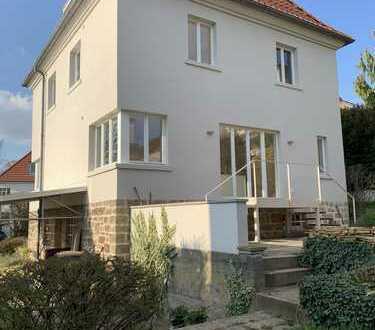Kernsanierte kleine Villa am Frauenberg, auch zur freiberuflichen Nutzung geeignet