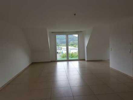 Vollständig renovierte 4-Zimmer-Dachgeschosswohnung mit Balkon in Fridingen an der Donau