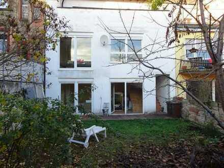Großzügige Studiowohnung mit Garten, im Herzen von Speyer.