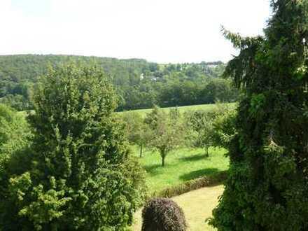 Reiheneckhaus in Stgt-Birkach: Natur pur direkt am Landschaftsschutzgebiet am Rande der Großstadt