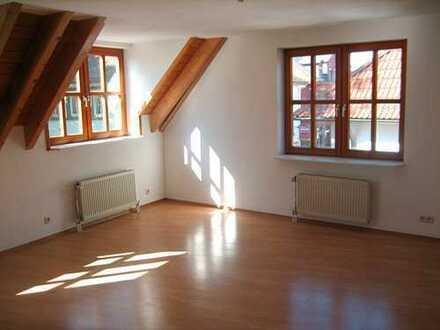 Schöne 3 Zimmer-Maisonette-Wohnung, 1A Lage in St. Georgen