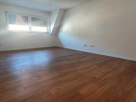 Erstbezug: geräumige 1-Zimmer-Hochparterre-Wohnung in Bad Schönborn