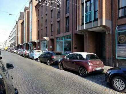 Carlstadt - Solide Kapitalanlage - Modernes Ladenlokal mit TG-Stellplatz in begehrter Altstadtlage