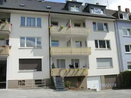 Vollständig renovierte 3-Zimmer-Wohnung mit Balkon in Essen